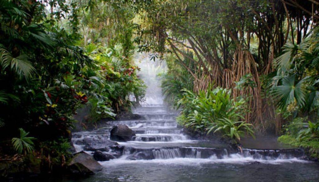 Queda Dagua na Costa Rica