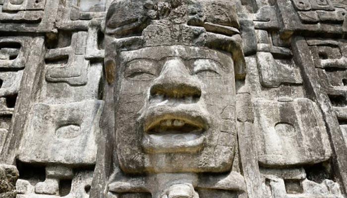 Ruinas-Maias-em-Belize