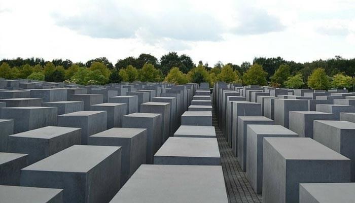 mermorial-do-Holocausto