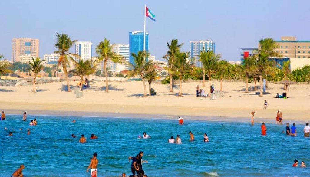 Al-Mamzar-Beach-Park