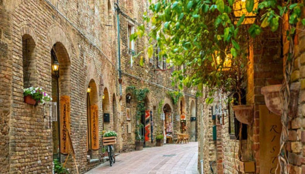 San-Gimignano-ou-Lucca