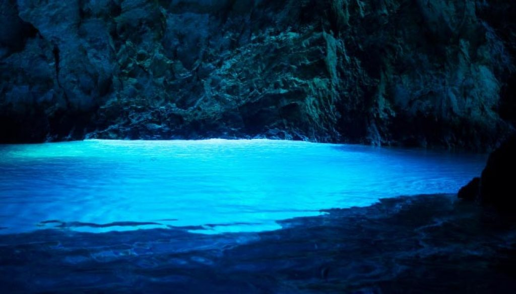 caverna-azul-croacia