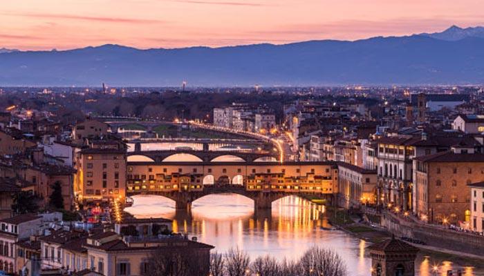 Rio-Arno-e-Ponte-Vecchio