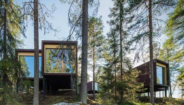 Hotel-para-assistir-a-Aurora-Boreal-Hotel-Arctic-TreeHouse-na-Finlândia-ao-meio-da-floresta
