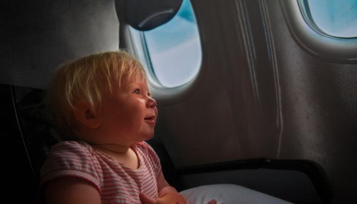 A partir de quantos meses o bebê pode viajar de avião