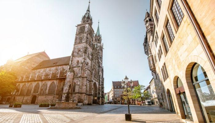 Lorenzer platz Nuremberga Cidade na Alemanha