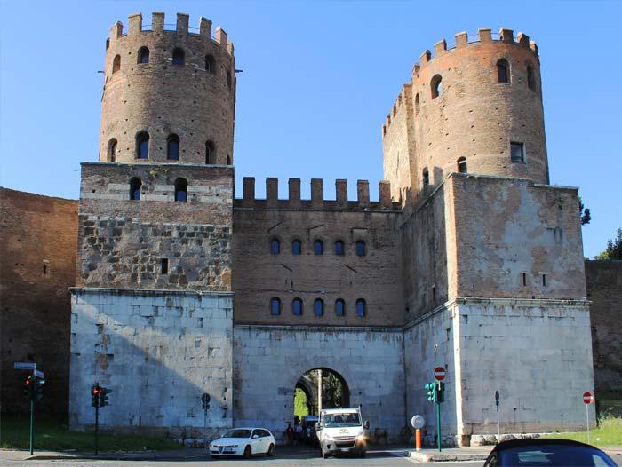 Fortificação antiga da Via Apia - Porta de São Sebastião
